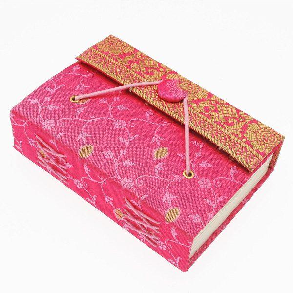 carnet de notes en sari